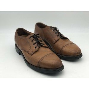 Allen Edmonds Size 9 B Walnut Cap Toe Oxfords